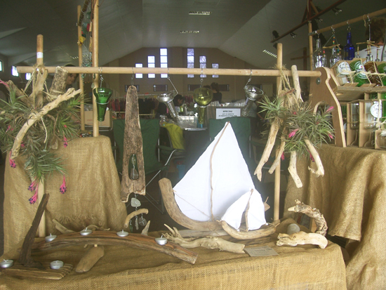 driftwood and driftwood crafts at craft market